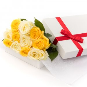 Yellow & White Roses in a Box